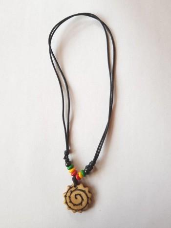 Collier motif spirale forme soleil