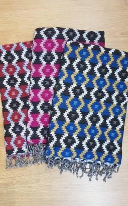 Châle ethnique en laine