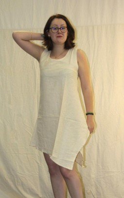 Robe ou tunique écru asymétrique en coton bio